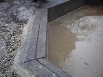 pourtour de bassin en faux bois